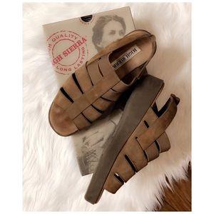 High Sierra Tan Sandals, size 8